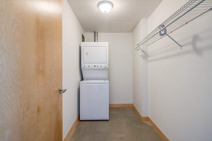 1BR-laundry