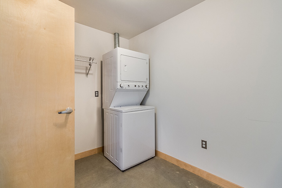 2BR-laundry